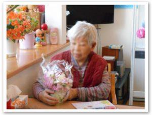 3月誕生会(2Fにて①)おめでとうございます。